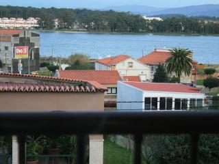 Cozy apartments in seafood paradise with excellent views, O Grove