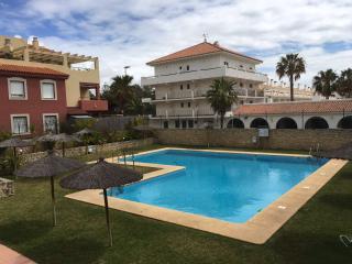 Luxury beachfront apartment with swimming pool in Rota