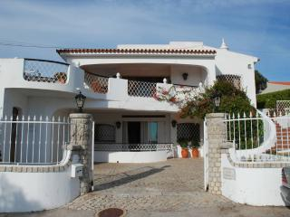 Genie's Villa Boutique  -  Algarve, Portugal = Ideal for Families and Friends