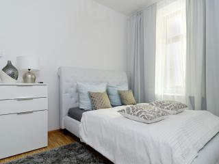 Cosy Central City Apartment 2 ROOM BEST LOCATION