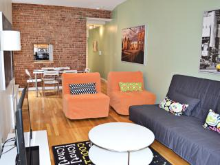 MODERN, LARGE 2 BEDROOM, AMAZING PRICE, New York City