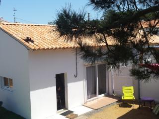 Maison au bord de mer, piscine jaccuzzi et vélos, Bretignolles Sur Mer