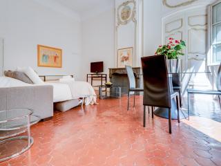 Majestueux aixois Hôtel particulier old town, Aix-en-Provence
