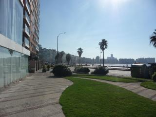 Beach- Penthouse Super View y Terraza, Montevideo