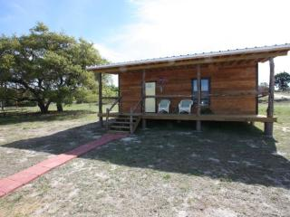 Walt's Cabin 1 Country Property past Luckenbach Tx