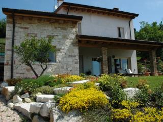 IL SOGNO casa vacanze - piscina - giardino - collina, vicino a Vicenza, Venezia