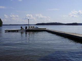 Lake Rosseau, Minett