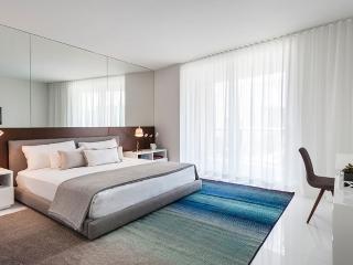 Three-Bedroom Apartment, Miami