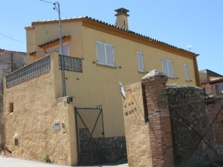 Casa con parking y wifi Albons 4km del mar Girona