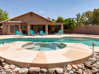 3BR Home w/ Pool on Golf Course, Gilbert