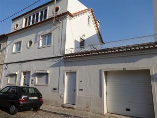 Trafaria's House near By Costa da Caparica