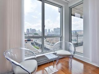 2 Bedroom apartment for rent at Solano 4 - 413, Montréal