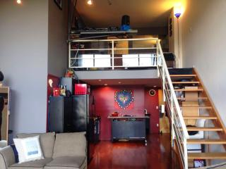 Bright, cool, convenient loft, HEART of downtown!, Vancouver