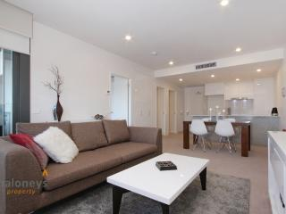 Accommodate Canberra - IQ Smart Apartment 505