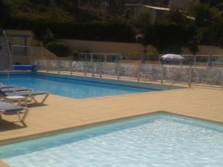 Splendide studio vue mer 300m de la plage, piscine, Saint-Cyr-sur-Mer