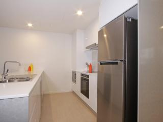 Accommodate Canberra - IQ Smart Apartment 307