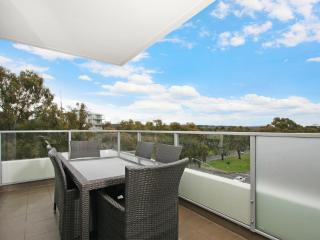 Accommodate Canberra - IQ Smart Apartment 507