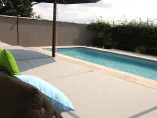 L AGACE gite spacieux pour 2 pers avec piscine