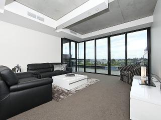 Accommodate Canberra - The apARTments 403