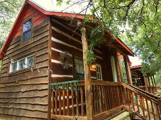 Cabin at Rooster Ridge, Wimberley