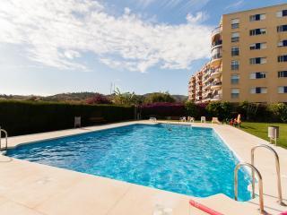 Apartamento Benajarafe 50 m mar, piscina climatiz