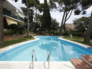 Garden apartment, shared pool Montemar Alto