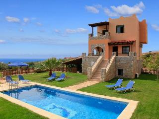 Theo Beach Villa 1843, Frangokastello
