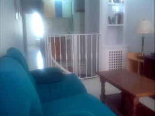 Apartamento de 3 habitaciones en Torre del Mar (2 en semi-sotano)