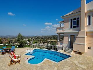 Villa Pelagos 2310, Adele