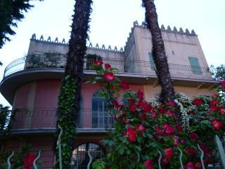Villa Cisano Residenza d'Epoca appartamento 'Blu'