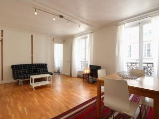 G11579 - One BR flat at Republique