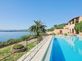 Villa Luisa 2395, Barbati