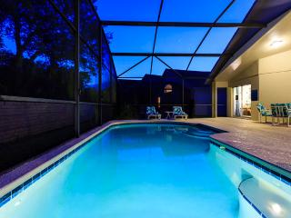 Emerald Island 4B/2B near Disney, pool, game room, Kissimmee