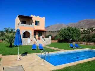 Spiros Beach Villa 971, Frangokastello
