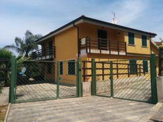 Casa Vacanze Guzzi (kitesurf Gizzeria)