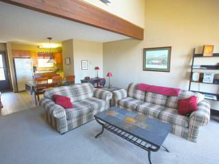 Camelback Mountain Slopeside Townhouse, Tannersville