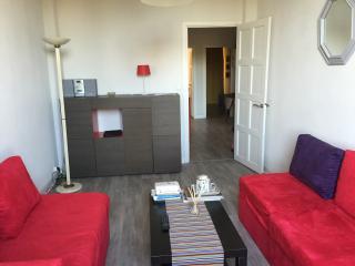 Appartement lumineux à 2 pas de Nice, St-Laurent du Var