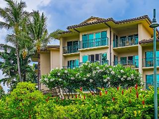 Waipouli #E-205: 2bdr/3bath condo with city and garden views!!