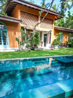 Little Cove villa with pool and best surfing spot