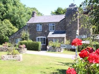 1760's REAL CORNISH FARMHOUSE COTTAGE- Near Looe, Pelynt