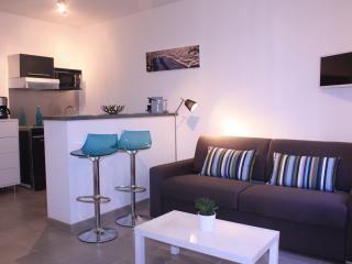 AU COEUR DU VIEUX PORT STUDIO, NEUF, CLIM, CALME, Marseille