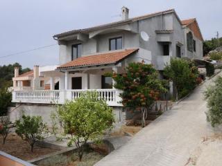 Sunny apartment, Zverinac