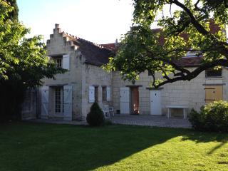 maison de village - old village house - cottage