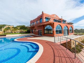 Waterfront Villa in Tersanas,Chania