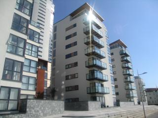 One Bedroom Apartment - Meridian Bay, Swansea