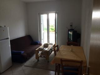 Comfortable 2 rooms apartment, Podstrana