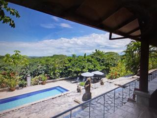 4 Eco Friendly Homes Near Jaco