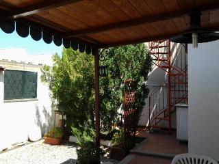 casa indipendente con terrazzo e area barbecue, Villafranca Tirrena