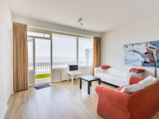 Palace Apartment with great view, Zandvoort