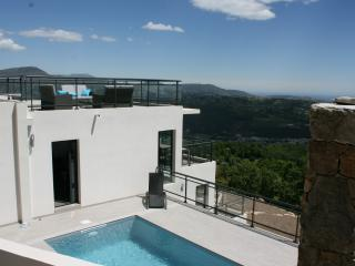 "Appartement villa de standing ""Mauritanica"", Saint-Jeannet"